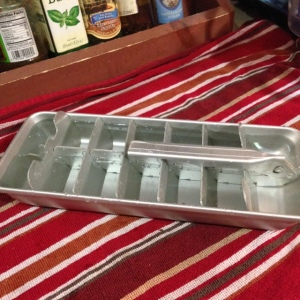 Old Fashioned Ice Cube Tray - The Very Best Kind!