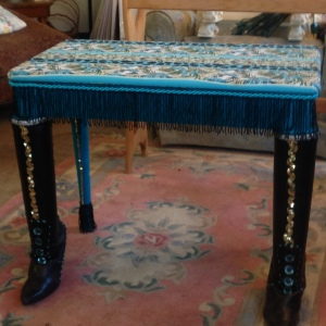 Uber fab end table!