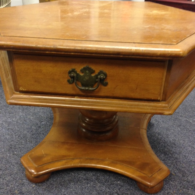 Ethan Allen Tuscan Coffee Table: SOLD! Pedestal Style Ethan Allen Coffee Table