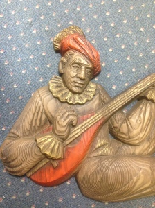 Jester or Lutist detail 1