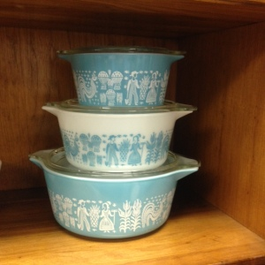 Pyrex - Turquoise Amish Butterprint - Stacked 2