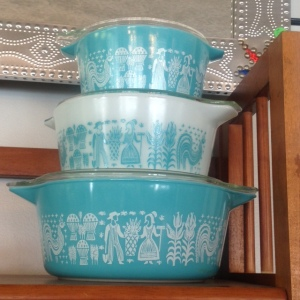 Pyrex - Turquoise Amish Butterprint - Stacked 3