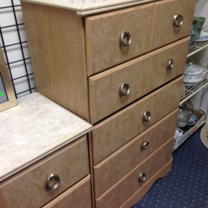 Bedroom Set - Bureau 4