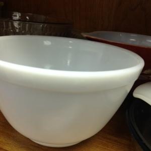 Pyrex White Bowl # 401