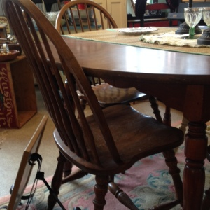 Dining Table 3 Chairs 2