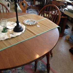 Dining Table 3 Chairs 6