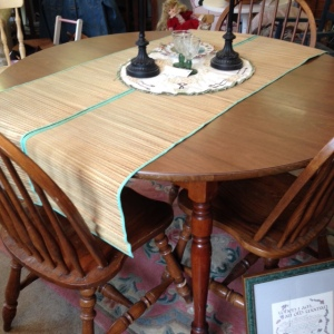 Dining Table 3 Chairs 9