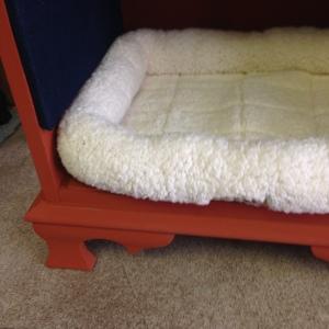Dog Bed in Pumpkin 4