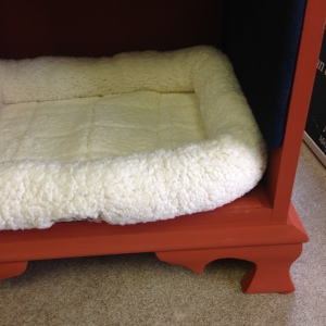 Dog Bed in Pumpkin 5