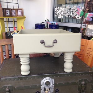 Dog Bed in Sage Green 5