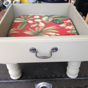 Dog Bed in Sage Green 9