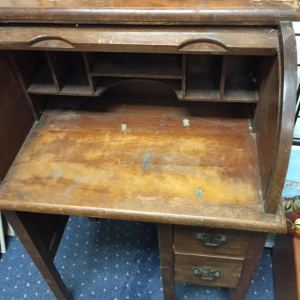 desk-childs-roll-top-3