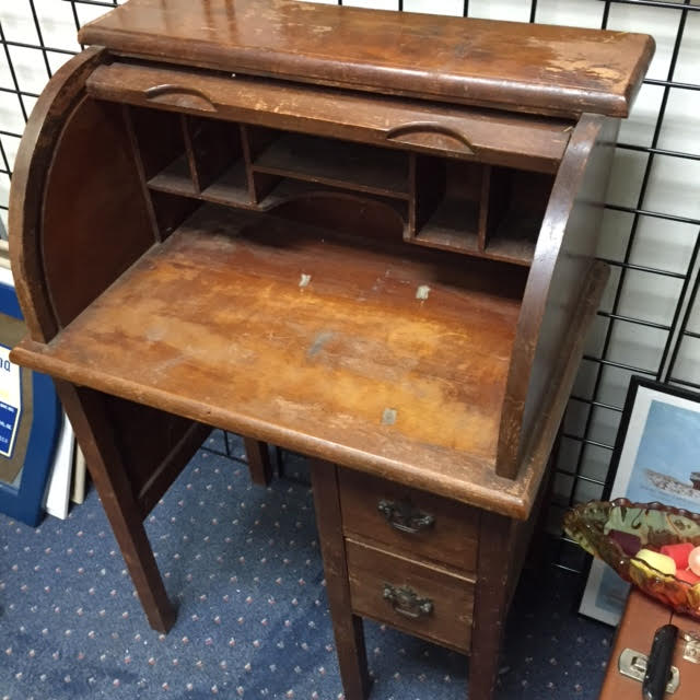 ... desk-childs-roll-top-4 - SOLD! Vintage Rolltop Child's Desk Heritage Collectibles