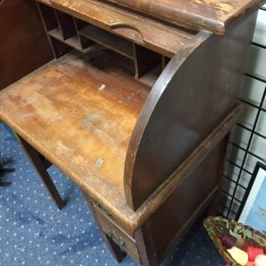desk-childs-roll-top-5