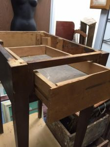 Nice side table, but top comes off and drawer is damaged