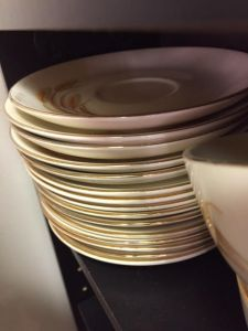 golden-wheat-dishes-14-saucers