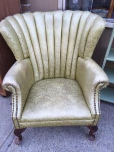 wingback-with-studs