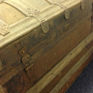 trunk-antique-back