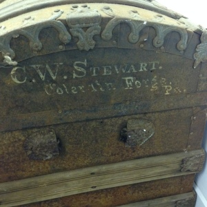 trunk-antique-side-stamp