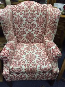 wingback-red-white-2