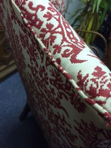 wingback-red-white-8